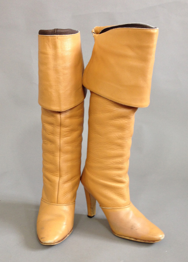 426f5f843ef 1960s Leather Boots